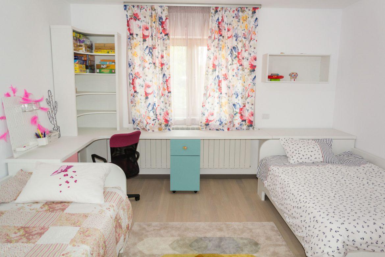 Camera tineret cu doua paturi singal 1