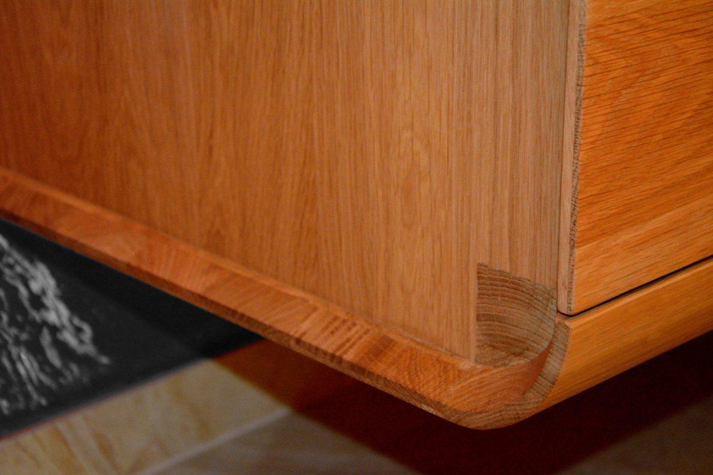 comoda-curve-lemn-masiv-stejar