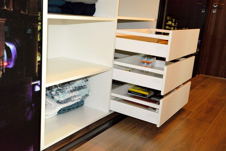 Dressing la comanda interior pal alb de 18mm cu cant ABS de 2mm sertare amortizare silentioase pentru compartimentare interioara LegraBox Blum