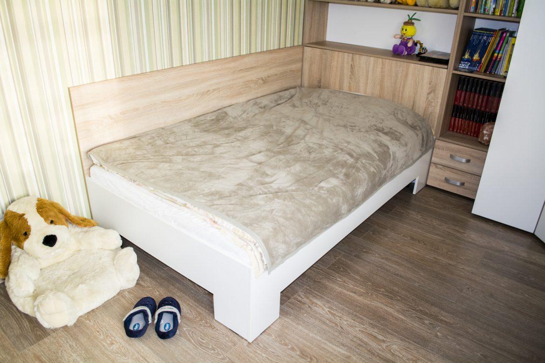 Mobila Camera Copii din Pal Stejar Bardolino Gri cu Alb Creta Pat cu Somiera fixa 1200 x2000