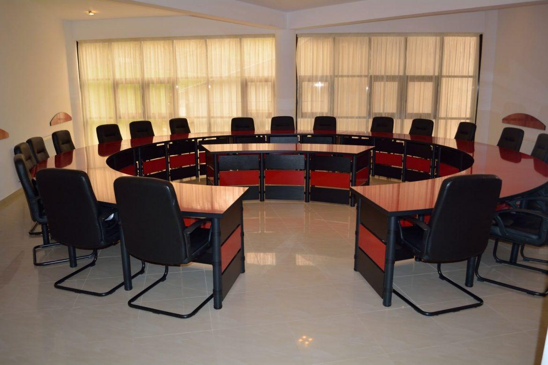Mobila Sali Conferinta Mobilier modular pentru sala de sedinte sala de conferinte sala de protocol. Masa pentru sala de conferinte