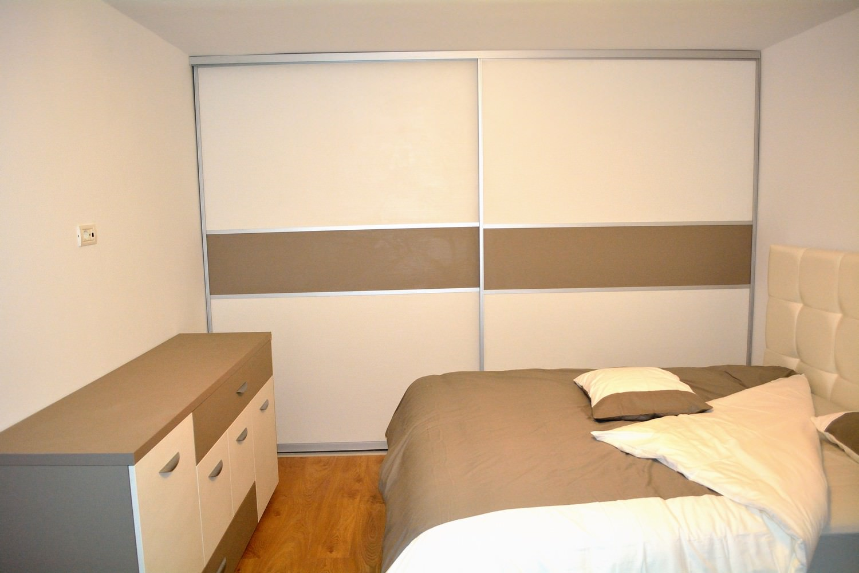 Mobila dormitor Dressing 2 usi Glisante Pal U727ST22 si W1000ST22 profil aluminiu incastrat 1