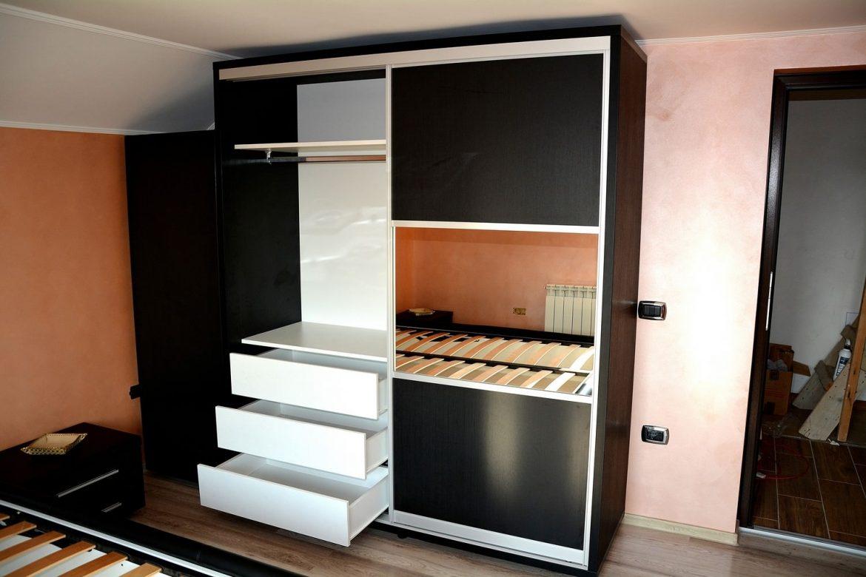 Mobila dormitor Dressing 2 usi Glisante din Pal Negru Striat dublat 0190SN cu deschidere sertare glisiere normale