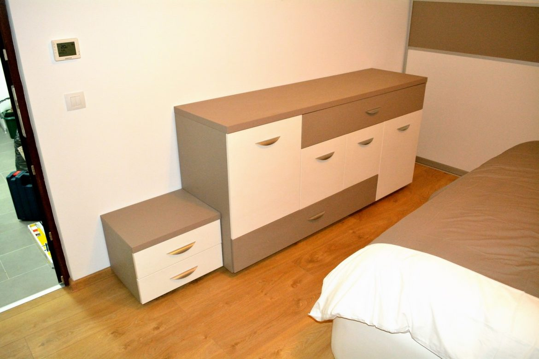 Mobilier dormitor Comoda cu sertare silentioase Pal U727ST22 si W1000ST22