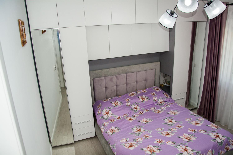 dormitor modern la comanda yulmob cu pat tapitat