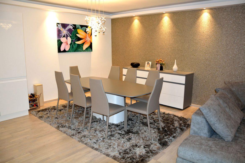 mobilier living modern la comanda realizat cu fete MDF vopsit lucios