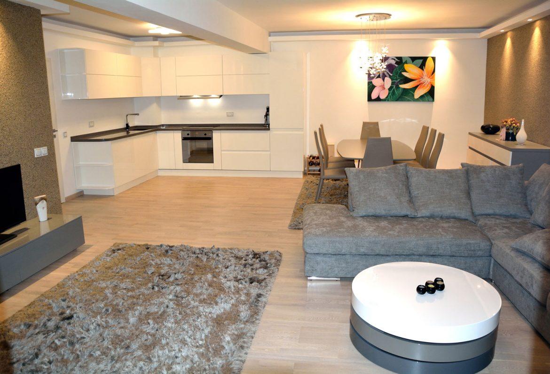 mobilier pentru living realizat la comanda Yulmob Bacau
