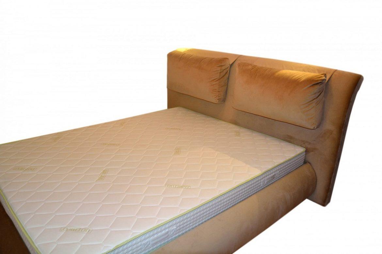 Pat 160 modern tapitat Palma in stofa French Velvet Crem 675 accesorizat cu 2 perne tapitate in intregime si lada pentru depozitat diverse cu somiera rabatabila min