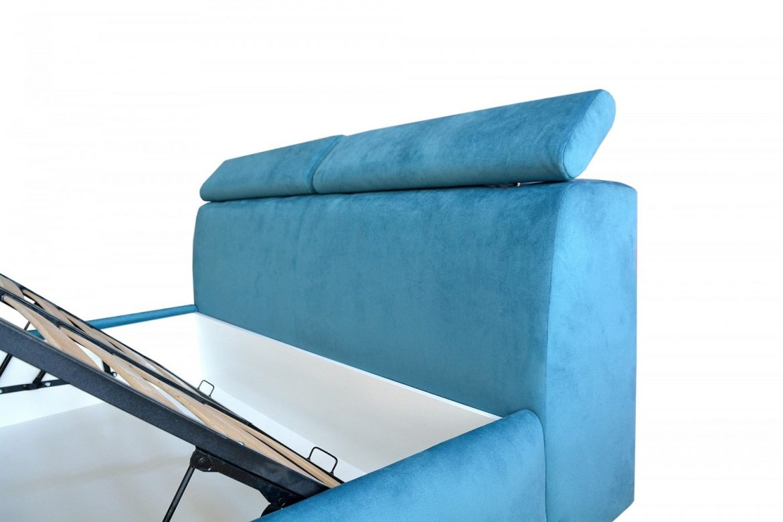Pat Padova cu tablie design futurist tapitat in intregime in stofa moale french velvet Bleo cu doua extensii tip perne mobila min
