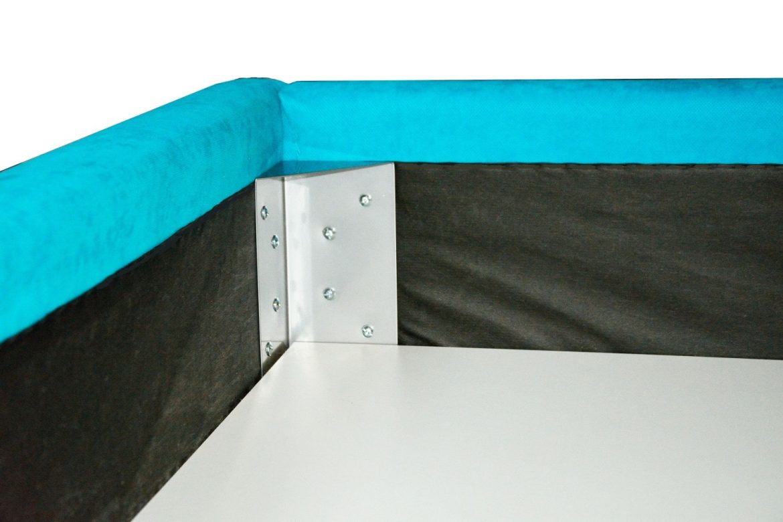 Vedere interior lada depozitare cu imbinare prindere coltare metalice model iak.ro min