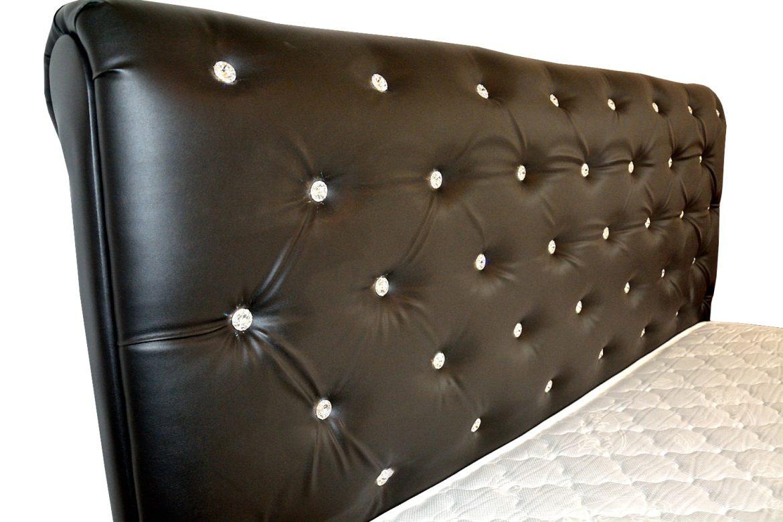 Vedere laterala tablie pat tapitat in intregime in piele ecologica neagra incrustata cu butoni crisale originale swarovschi min