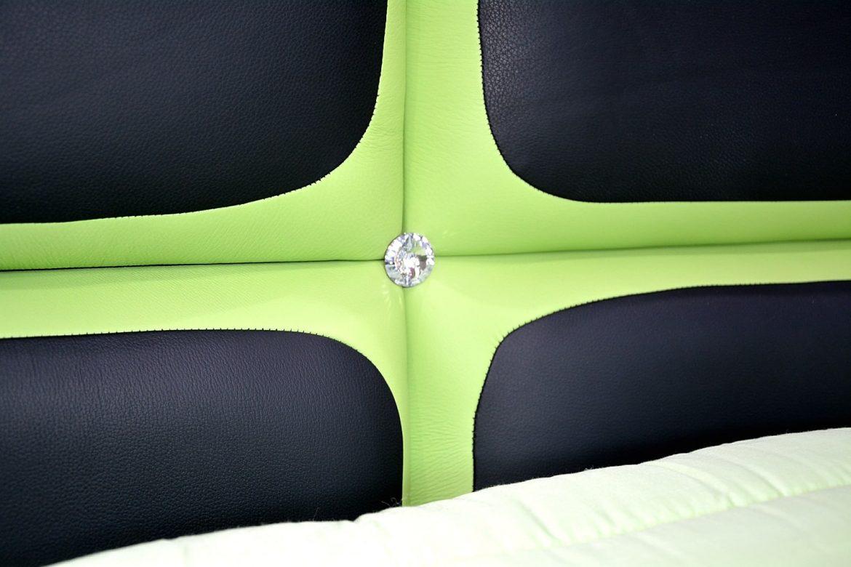 elemente swarovski pentru pat tapitat cu piele naturala min