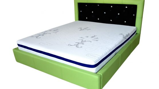 pat dormitor san remo tapitat in intregime in piele originala italia de bovina verde cu tetiera tapitata in imitatie piele pisica de mare cu cristale swarovski min e1544951573734 1