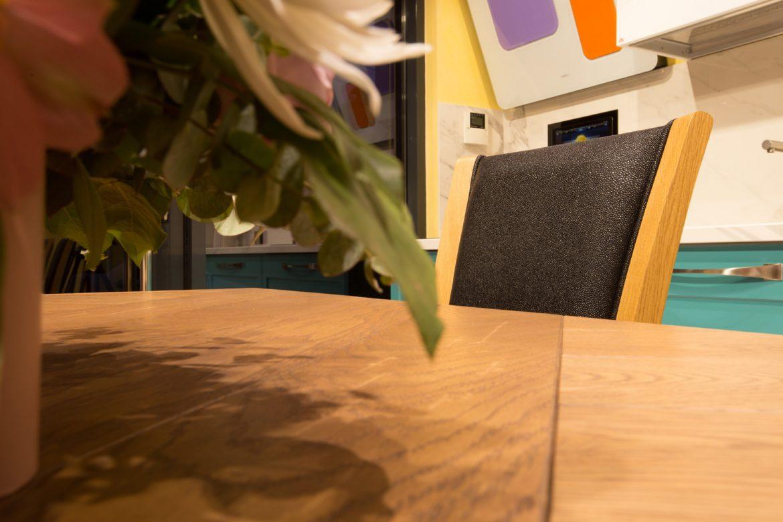 scaun din lemn masiv tapitat yulmob 3