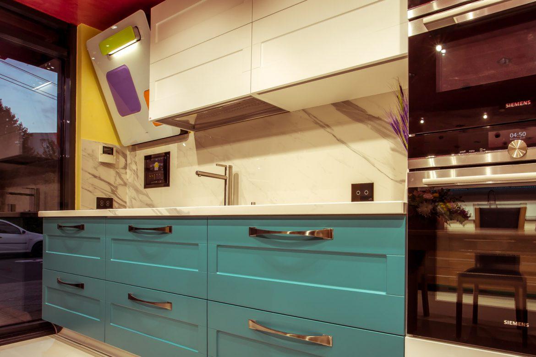 showroom yulmob cuptor incorporabil cu hota elica