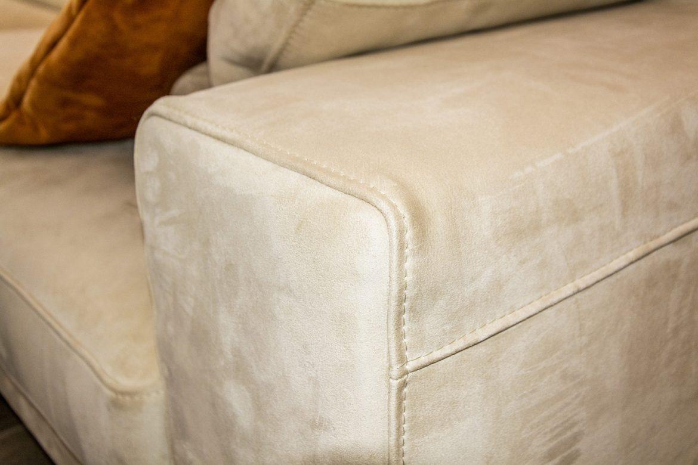 detali cusatura canapea