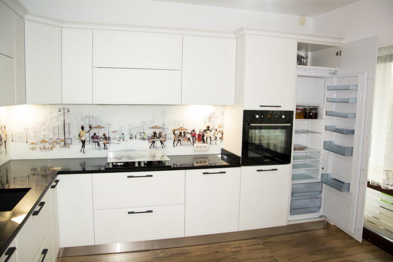 detali frigider incorporabil cu cuptor electric
